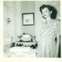 Tinuta pentru *baby shower* 1940