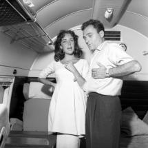 femei insarcinate 1957