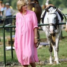 femei insarcinate 1982